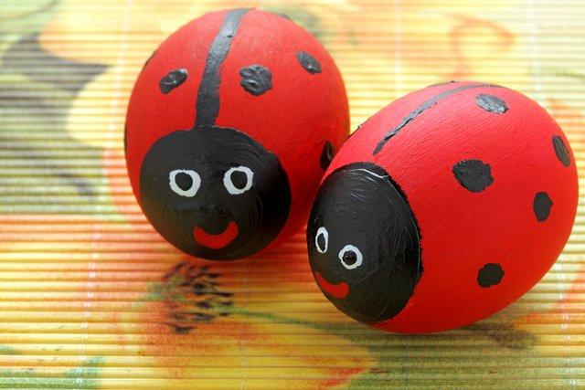 ladybug easter eggs