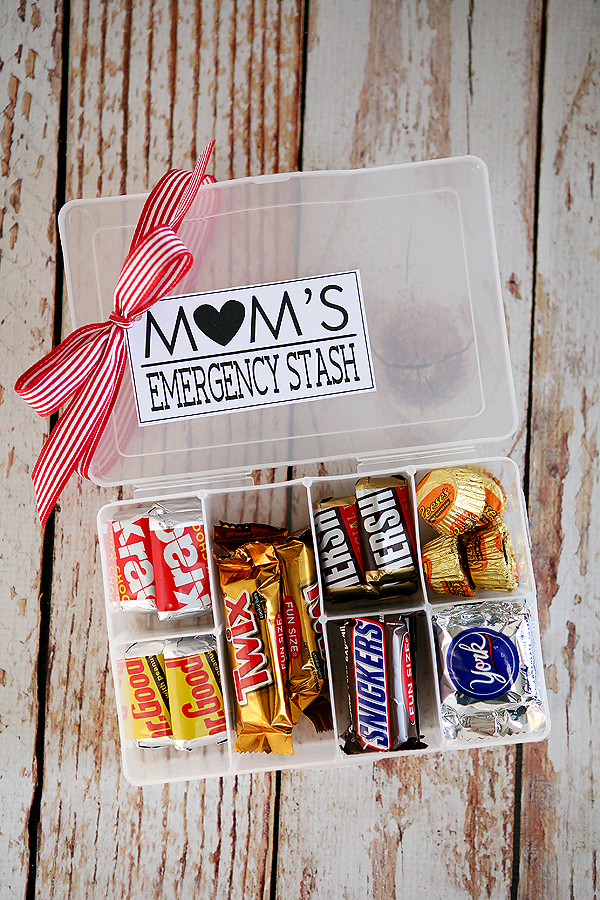 Mother's Day DIY Gift Ideas - Mom's Emergency Stash