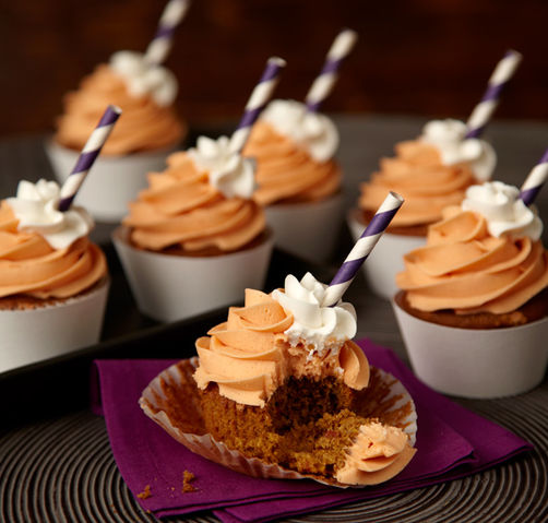 Pumpkin Spice Latte Cupcakes-Best Pumpkin Dessert Recipes
