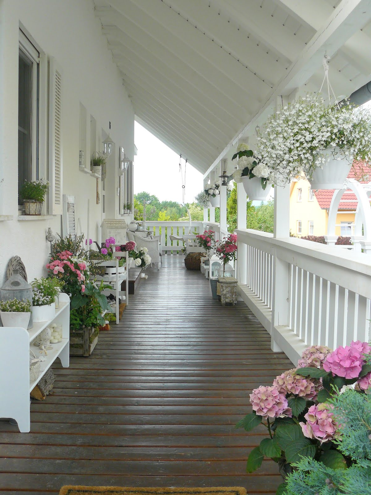 Outdoor Living Ideas - Shabby Chic Front Porch