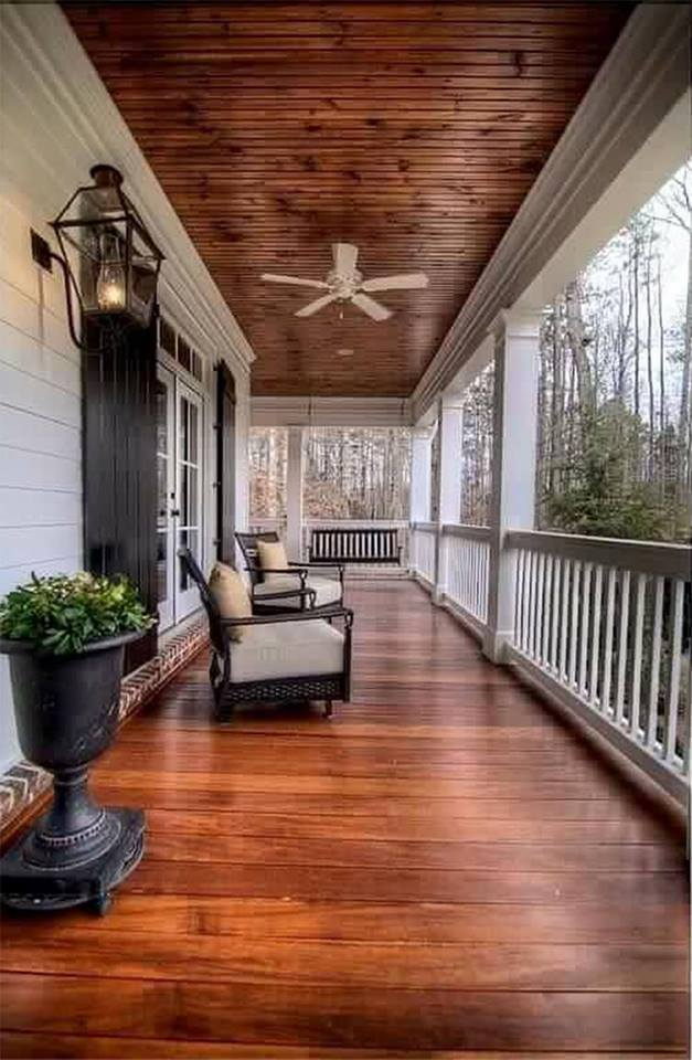 Outdoor Living Ideas - Beautiful Front Porch