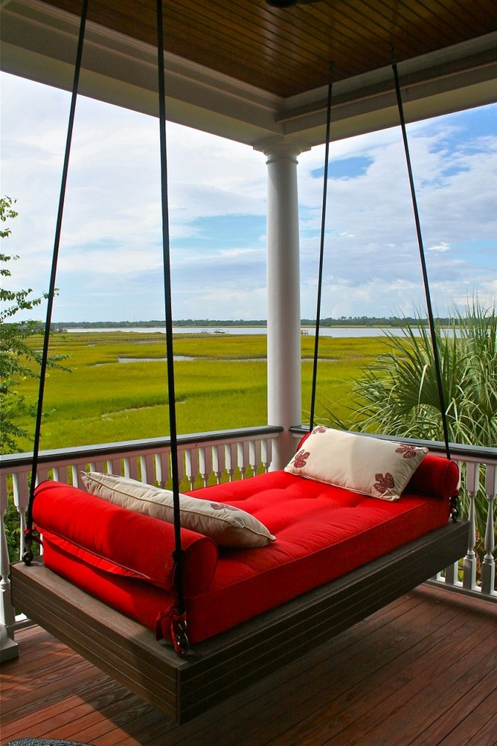 Outdoor Living Ideas - Outdoor Porch Swing Bed