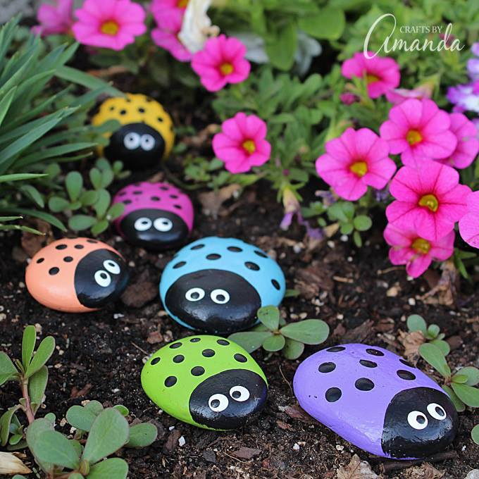 Outdoor Living Ideas - Ladybug Painted Rocks