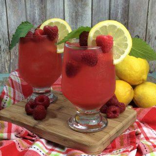 Raspberry Summer Breeze Cocktail