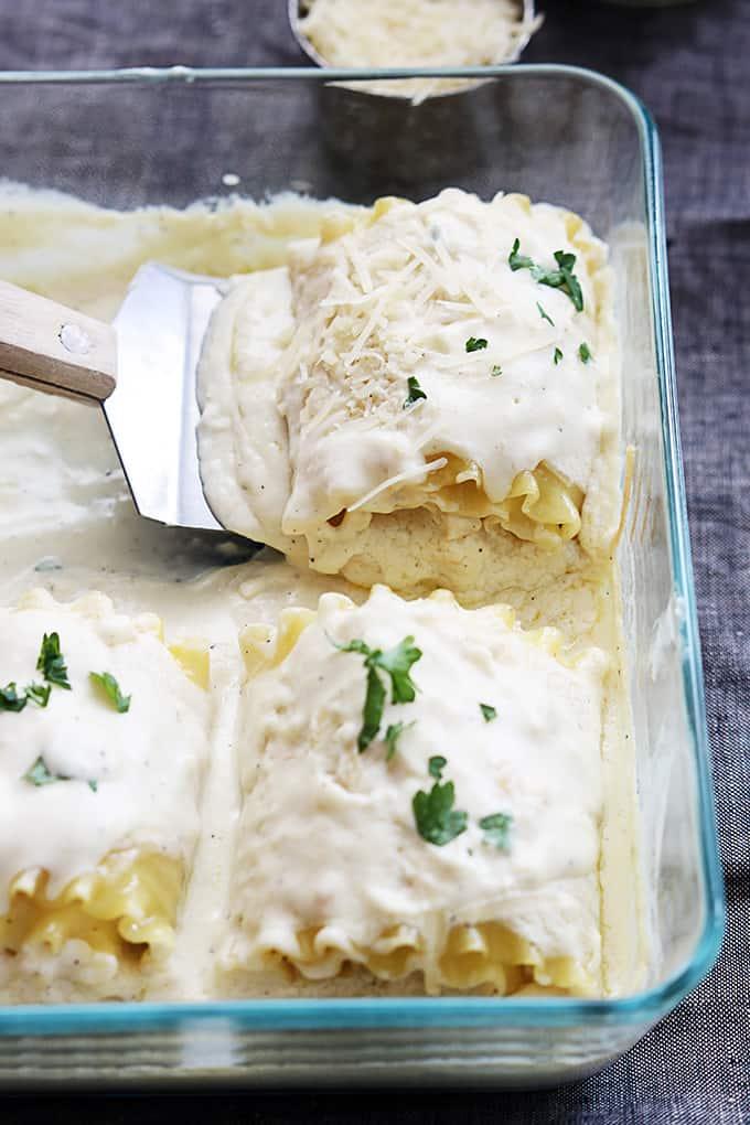 Creamy White Chicken Lasagna Rollups