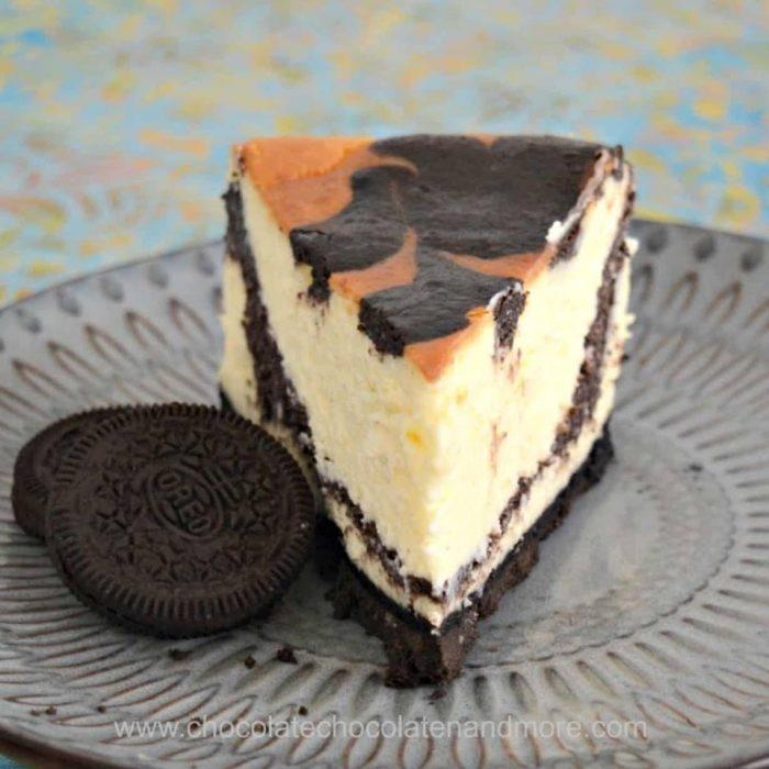 Oreo Swirled Cheesecake