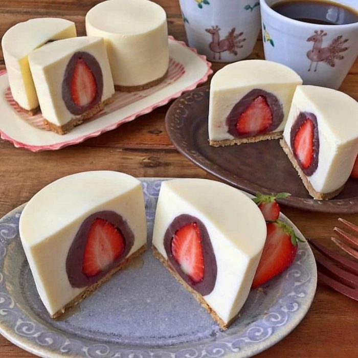 Cheesecake Stuffed with Chocolate Covered Strawberries