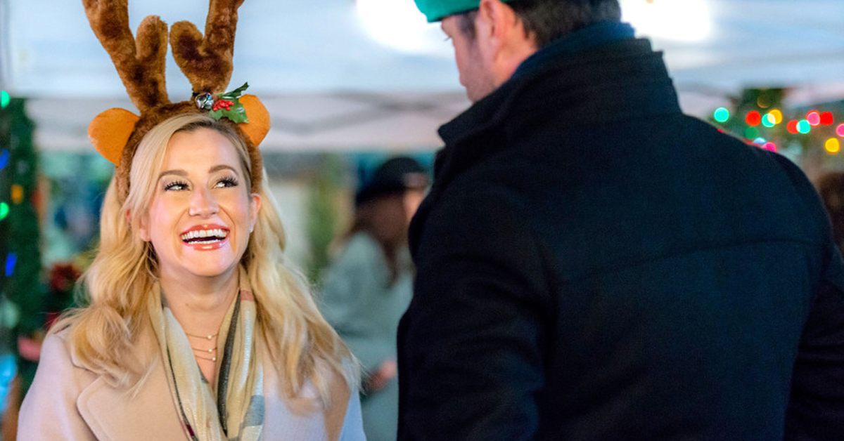 Hallmark Just Released Its Entire 2019 Christmas Movie Guide