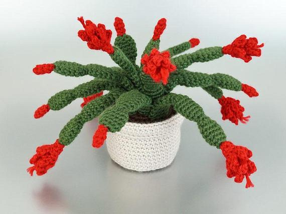 Crochet Christmas Cactus